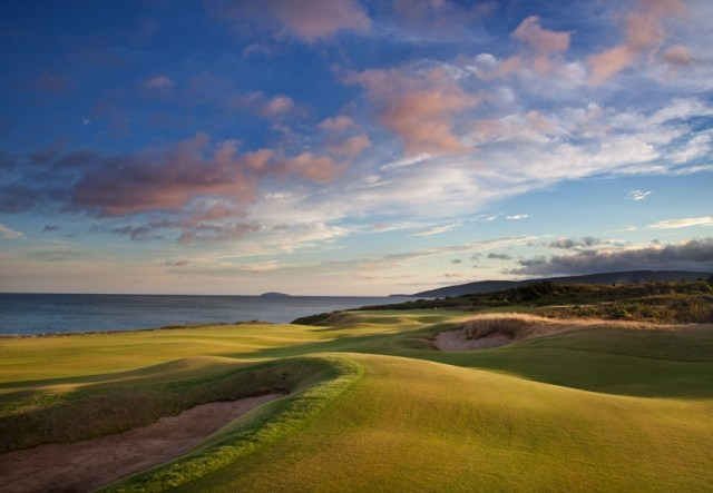 Cabot Links 16: One of Canada's best.