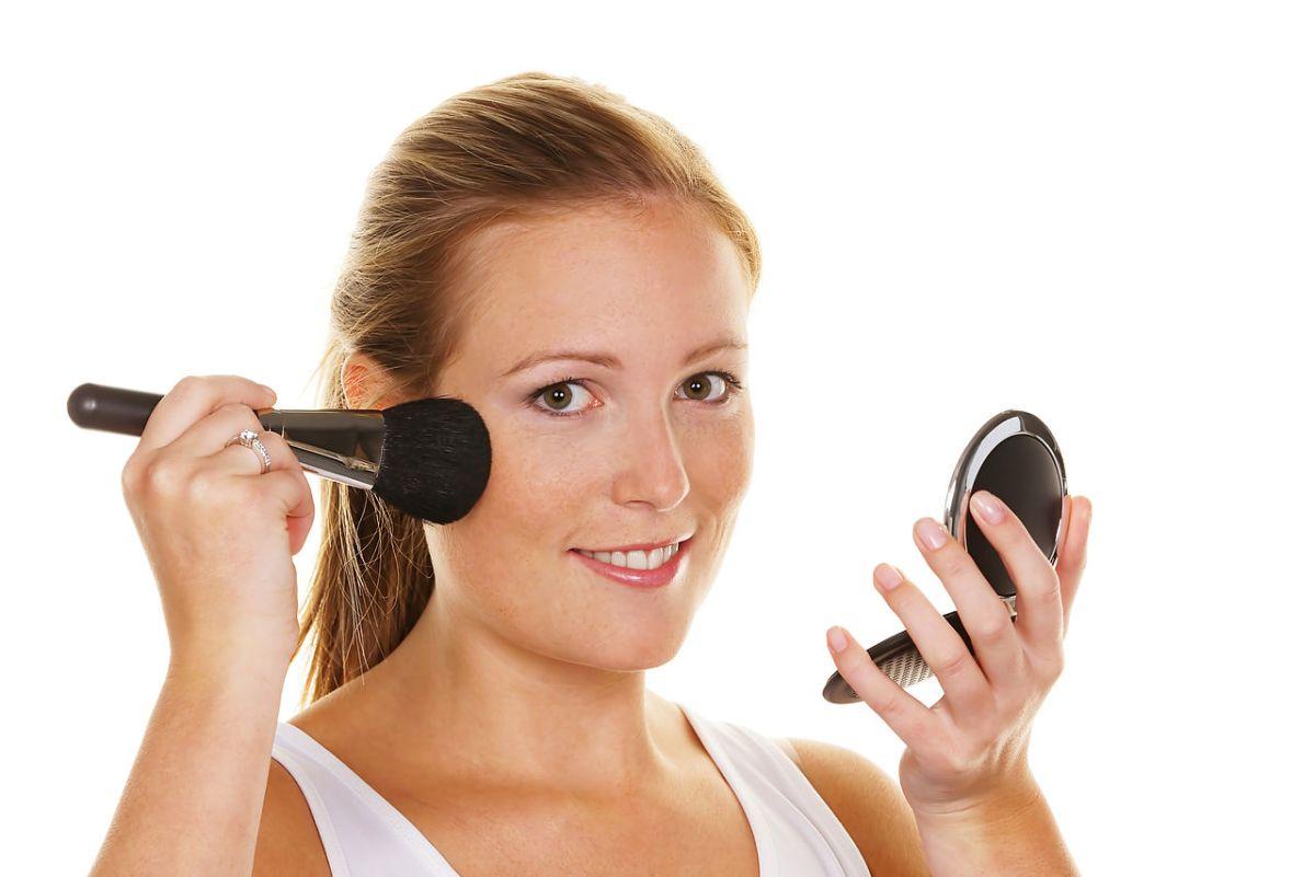 Como Maquillarse A La Perfección (TRUCOS Y CONSEJOS)