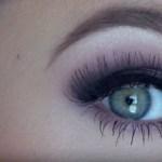 maquillaje morado para morenas