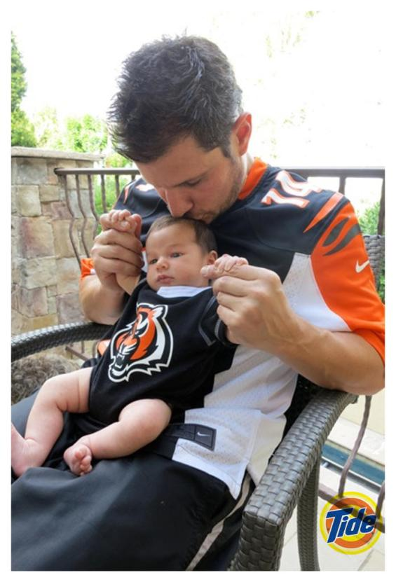 "Football fans Nick and Camden John Lachey team up with Tide to encourage NFL fans to ""Show Us Your Colors""."