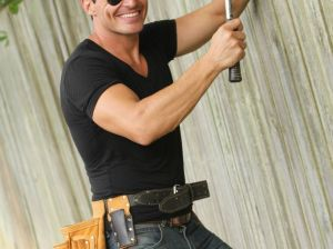 """Antonio Sabato, Jr. hard at work remodeling homes and yards on """"Fix It & Finish It""""! Credit photos: Courtesy of Bellum Entertainment/photographer Andrew Doyle"""