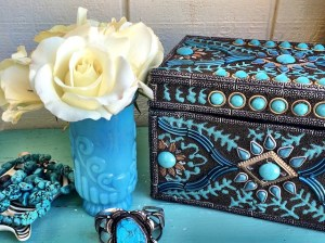 My beautiful Pottery Barn Turquoise Jewelry Box (roses from my flower farm, vintage turquoise cuff, Jonathan Adler zebra dish, handmade double strand turquoise necklace). Instagram.com/StyleCandi