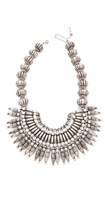 adiak4017212208 p1 1 0 347x683 Super Style Sunday: Statement Jewelry To Accessorize That Perfect Casual Dress!
