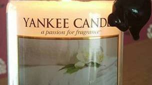 Yankee Candles Fluffy Towel Scent