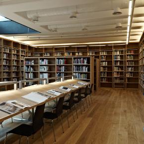Vitali Hakko Kreatif Endüstriler Kütüphanesi foto1