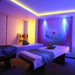Massage room at Space Day spa
