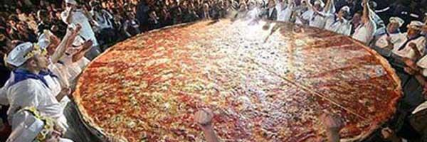 Las pizzas m s grandes del mundo can it be all so simple for Mundo pizza la algaba