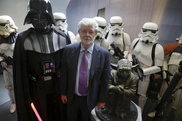 CIBASS George Lucas en el estreno de Star Wars VII