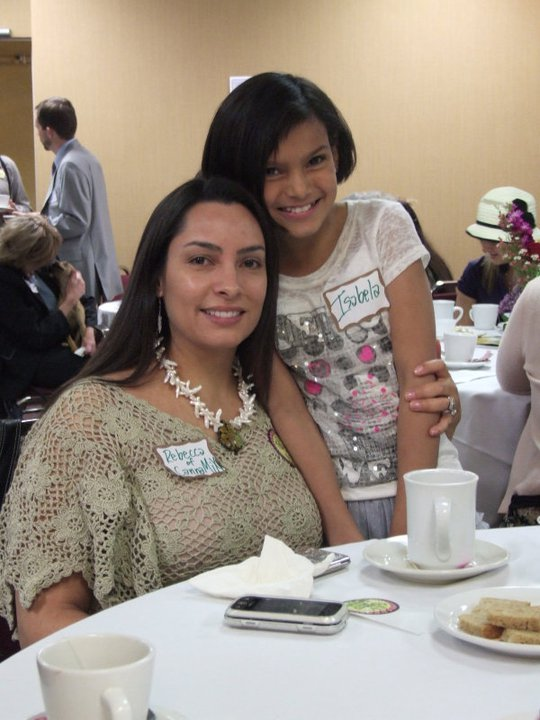 2011 Mother's High Tea. Photo by 4 & 20 Blackbirds