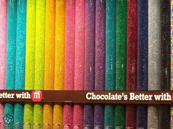 M&Ms store parede de chocolate