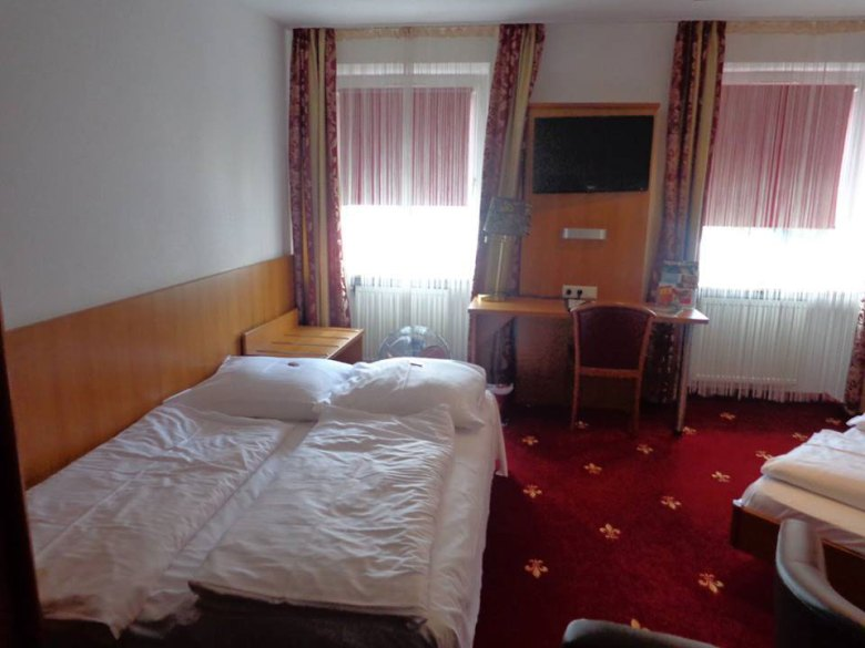 Hotel-Nuremberg-quarto-1