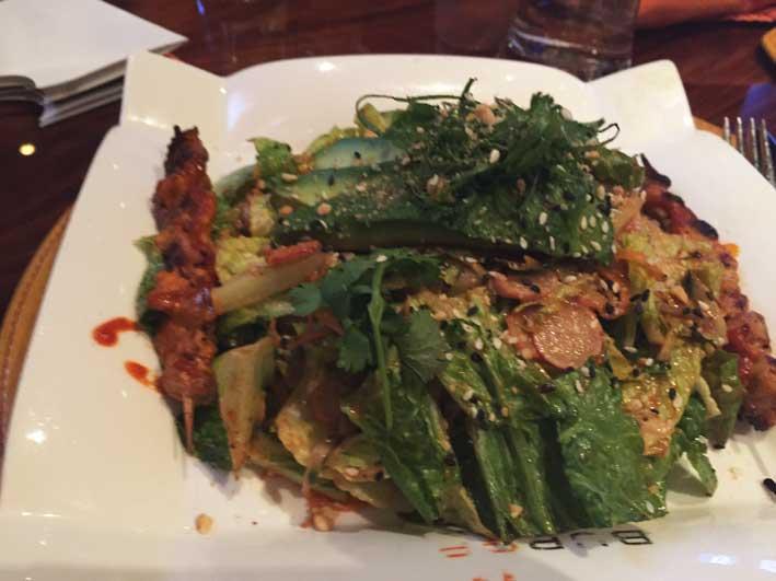 Onde-jantar-em-Las-Vegas-Gordon-salada