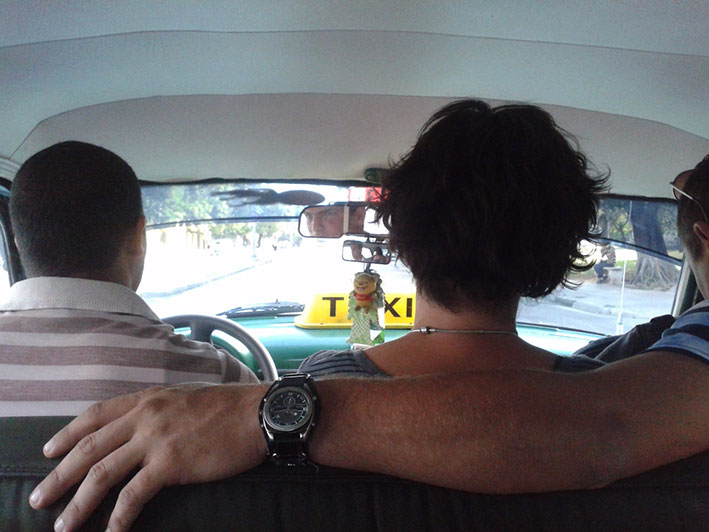 havana-a-capital-cubana-taxi