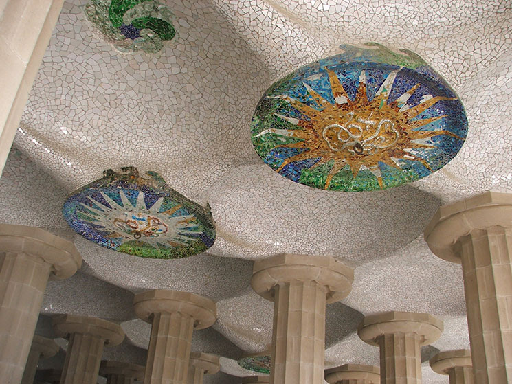 parque-guell-3