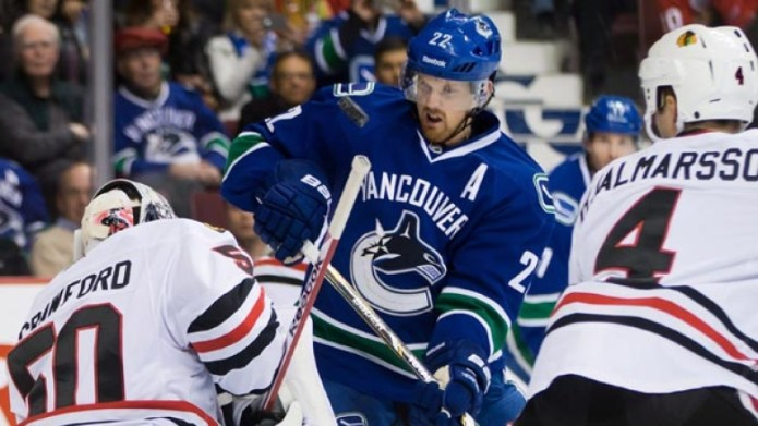 To finish off their three-game road-trip that  Canucks play the Chicago Blackhawks at the United Center tonight  @ 5:00 pst. (photo credit: cbc.ca)