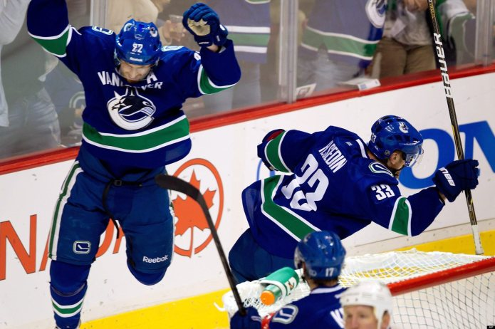 "Looking for some ""Sedinary"", the Canucks finish their California road trip tonight in Anaheim.  (Photo Credit huffingtonpost.ca)"