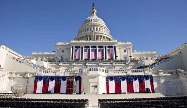 Las escalinatas del Capitolio, durante los preparativos del acto de toma de posesión de Trump.