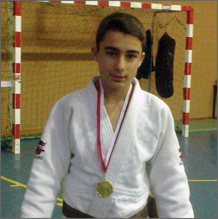 O judoca Emanuel Martins