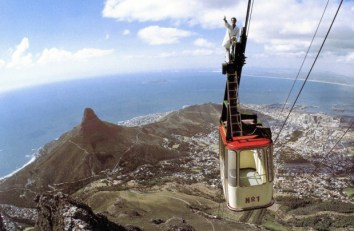 Table Mountain Cableway Maintenance in years gone by