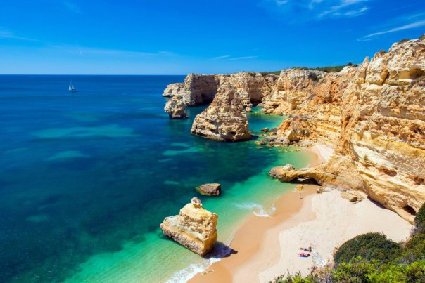 10 BEACHES FOR FAMILY HOLIDAY!12