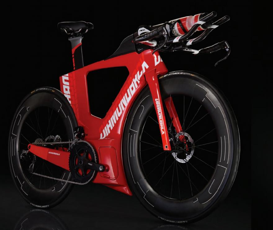 diamondback unveils radical new andean time trial triathlon bike