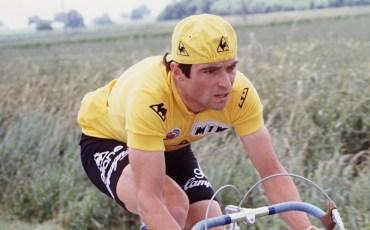 photo prise en 02 juillet 1979 du cycliste français Bernard Hinault lors de la 5e étape du Tour de France Neuville de Poitou-Angers.  AFP PHOTO