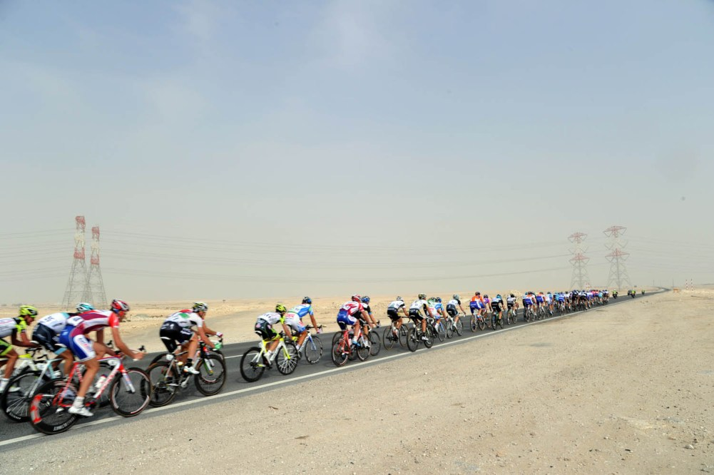 THE PELOTON ON STAGE THREE OF THE 2011 TOUR OF QATAR