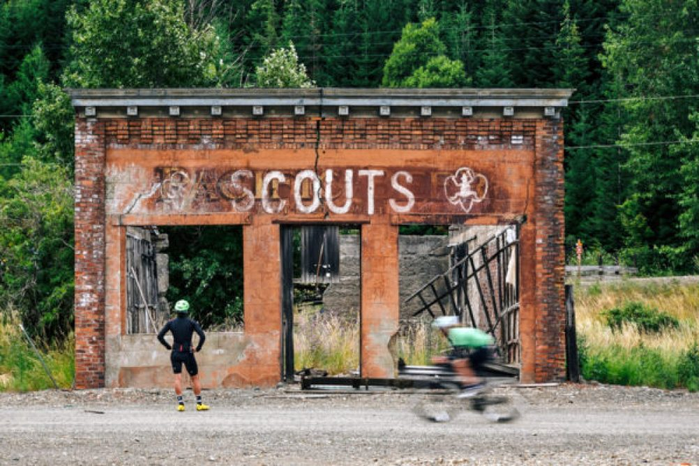 sportful-squadra-avventura_photo-by-justin-balog_telling-your-story_time-to-explore-2-600x400