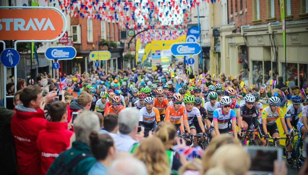 womenstour_ashbourne_start_rdax_75-e1491914914552