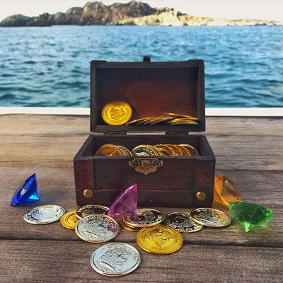 Let's find some pirates treasure