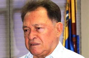 Governor Morel Rodriguez, candidate of the MUD for Nueva Esparta