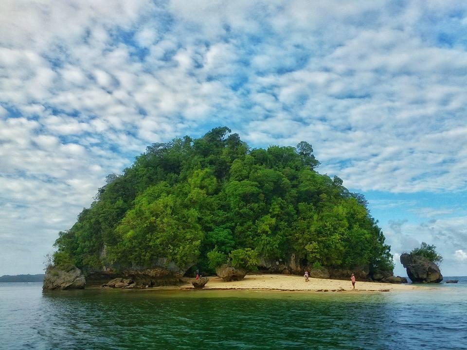 casarica island, cantilan, surigao del sur