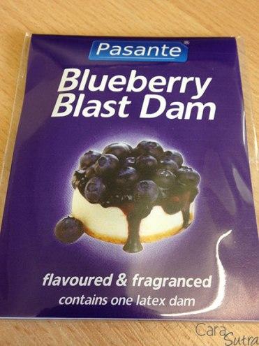 blueberry-dental-dam-front