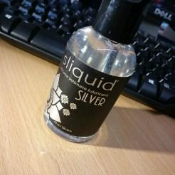 Sliquid Silver Silicone Lube cara sutra review-8