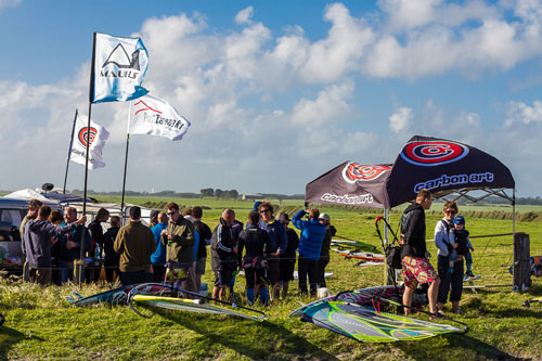 carbon art windsurfing bbq and beer tent goes off