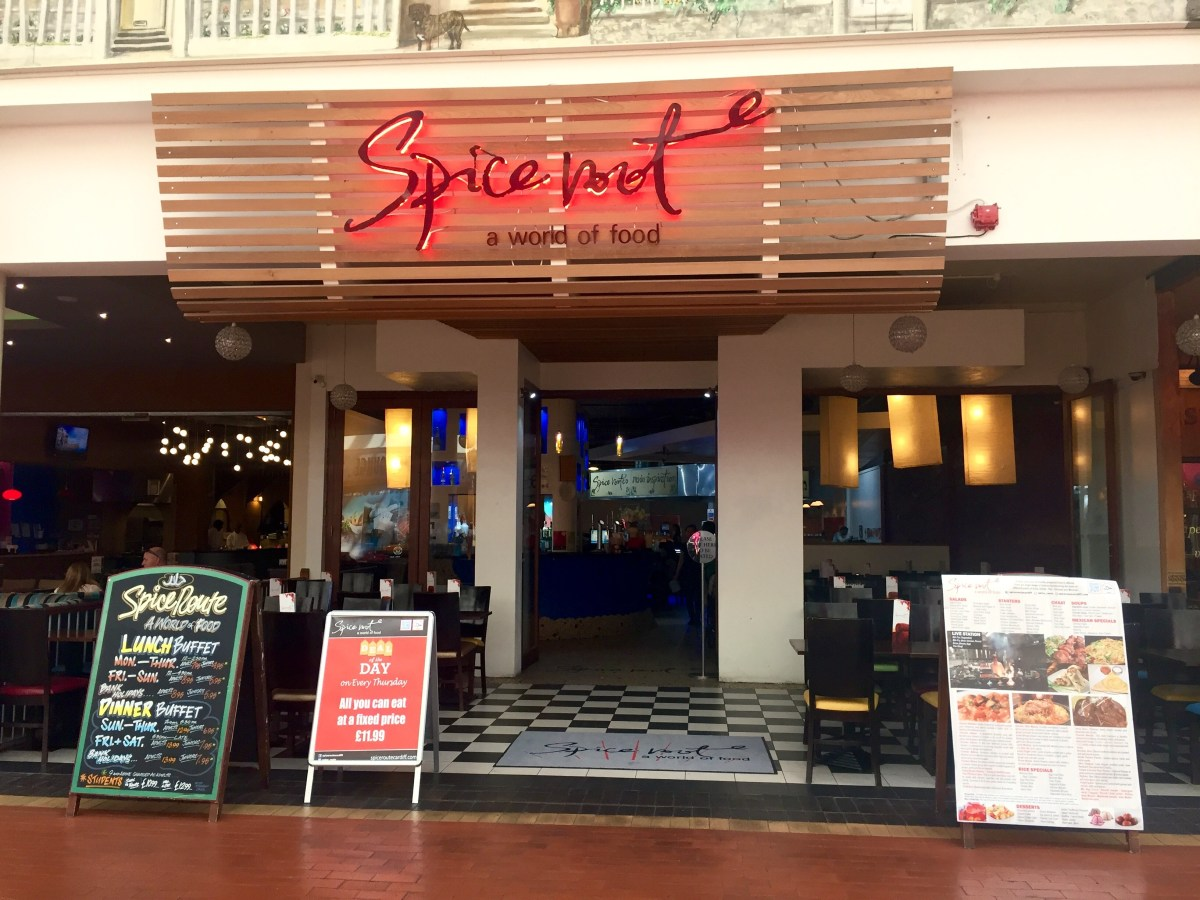 Family dining at Spice Route's all you can eat lunch buffet