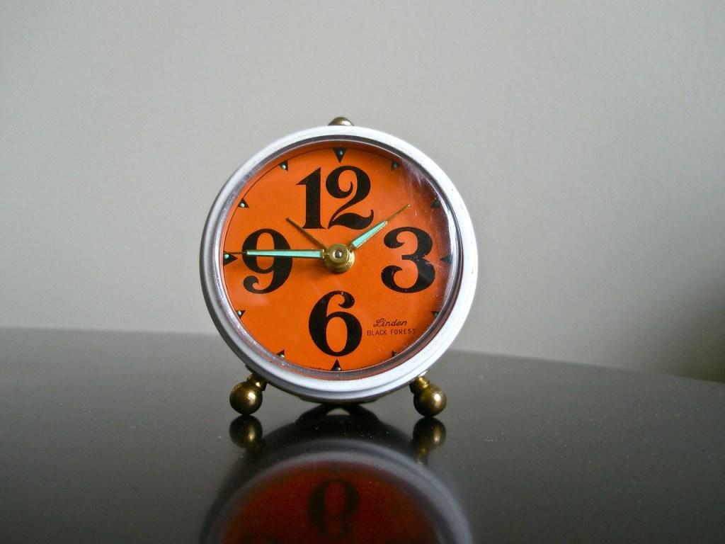 alarm-clock-219613_1280