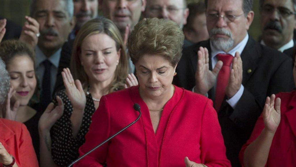 Rousseff mantiene los derechos políticos