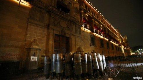 riot police, mexico City
