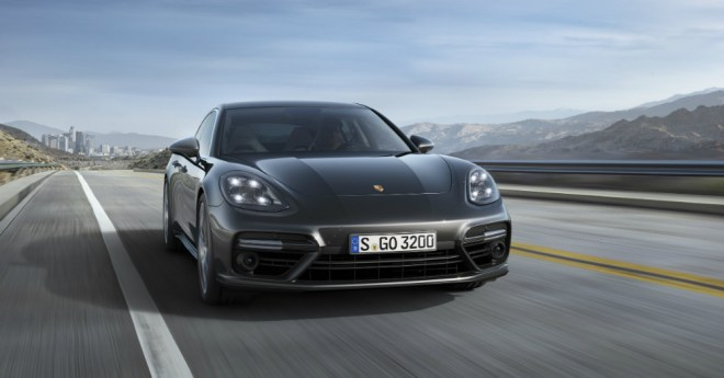 12.12.16 - Porsche Panamera