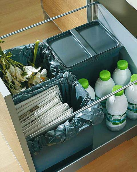 nápady na organizaci zásuvek v kuchyni (53)