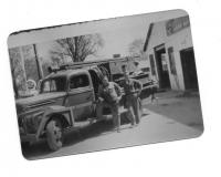 1942-bw-dodge-full