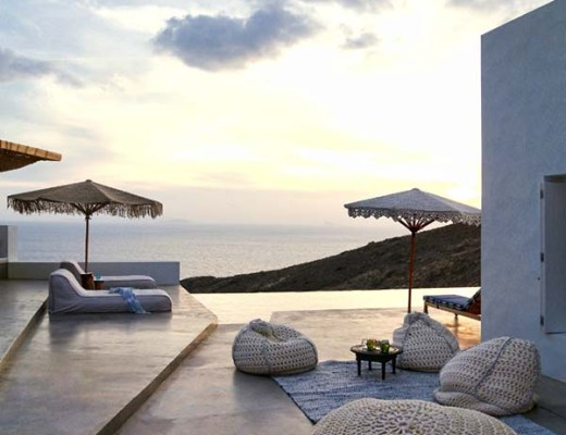 Amazing Summer home in Greece / Increíble casa de descanso en Grecia // casahaus.net