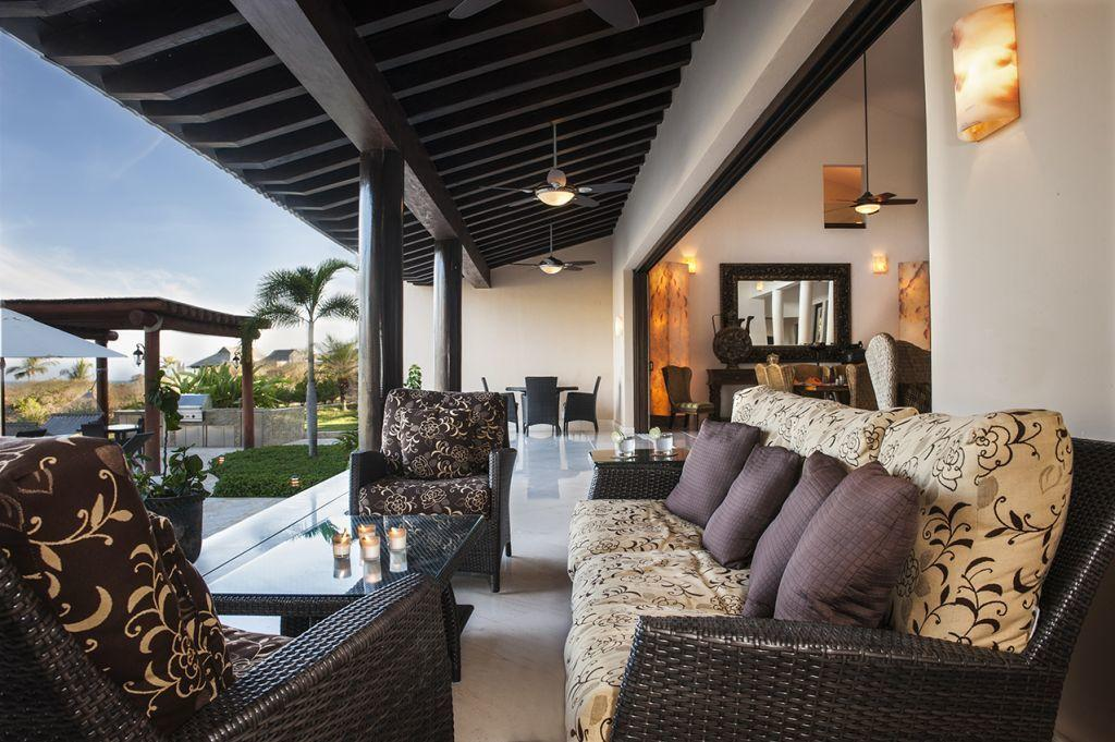 exterior puerto vallarta luxury villas casa joya del mar. Black Bedroom Furniture Sets. Home Design Ideas