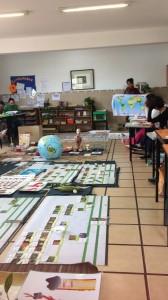 Educación cósmica… geografía, biología e historia. Matemáticas y geometría.