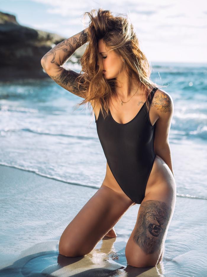 Wind And Sea Beach Bikini Photographer