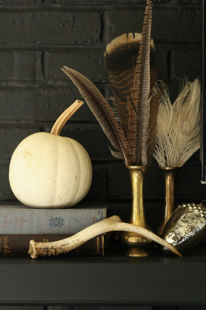eclectic thanksgiving mantle