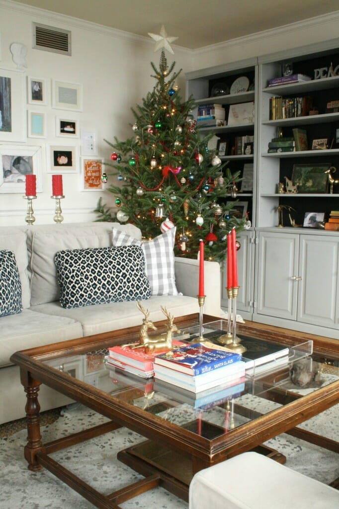 Christmas living room with touches of red