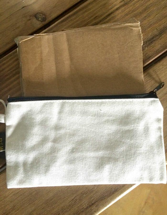 pouch cardboard insert