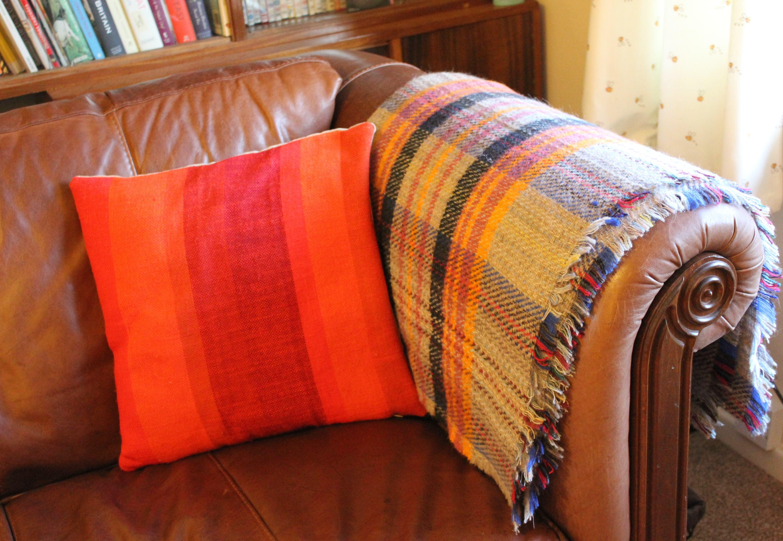 Mid century retro living room cassiefairy my thrifty life - Living room throw blankets ...